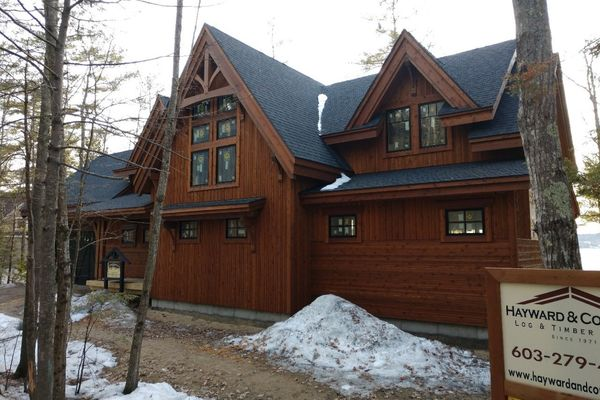 Meredith-Bay-New-Hampshire-Canadian-Timberframes-Construction-Front-Exterior