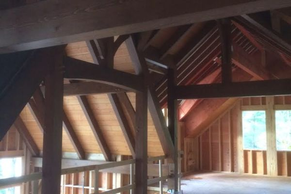 Meredith-Bay-New-Hampshire-Canadian-Timberframes-Construction-Loft
