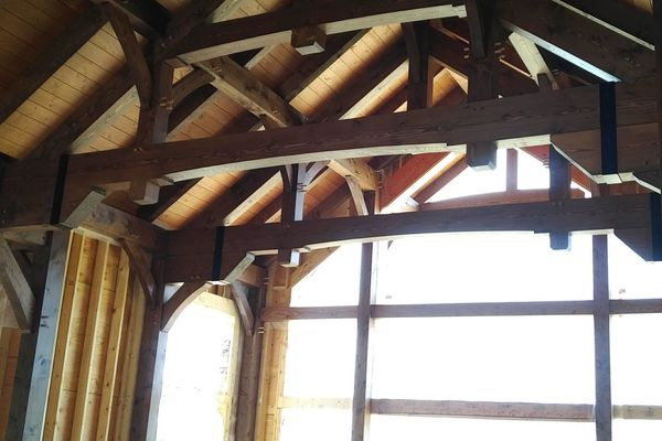 Butternut-Lodge-Clarksburg-Construction-Canadian-Timberframes-Ontario-Interior-Great-Room