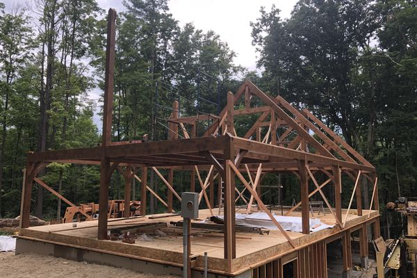 Fall-Village-Barn-Home-Connecticut-Canadian-Timberframes-Construction-Raising
