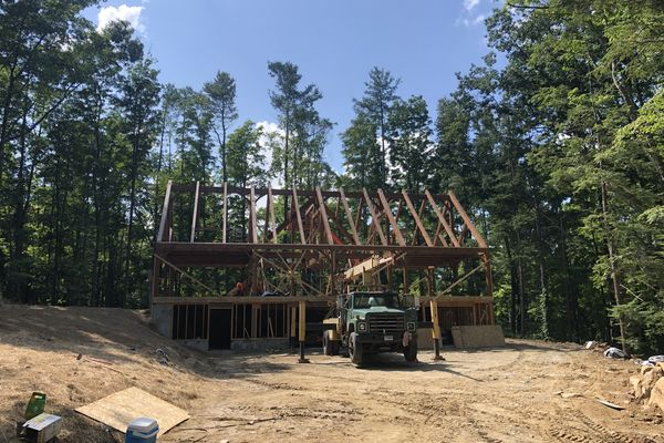 Falls-Village-Barn-Home-Connecticut-Canadian-Timberframes-Construction