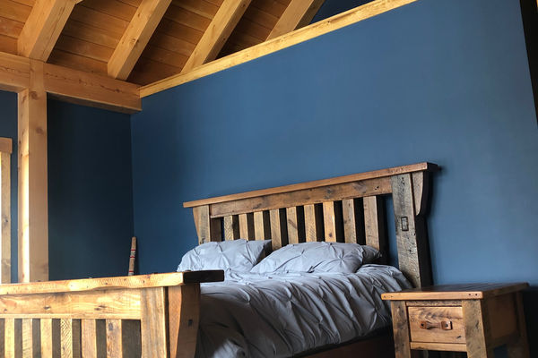 White-Mountain-Timber-Home-Canadian-Timberframes-New-Hampshire-Completed-Bedroom
