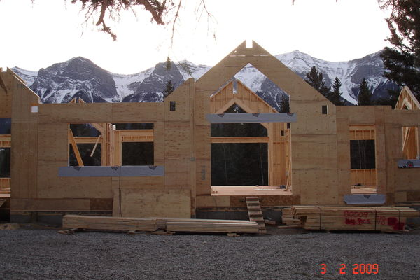 Elbow-River-Ridge-Alberta-Canadian-Timberframes-Construction-Wall-Panels