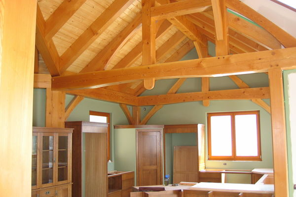 Purcell-Peaks-Invermere-BC-Canadian-Timberframes-Kitchen