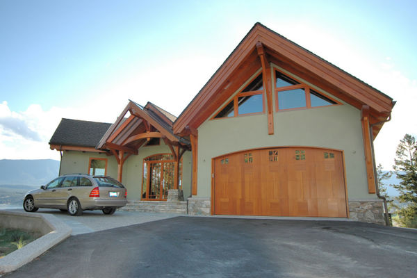 Purcell-Peaks-Invermere-BC-Canadian-Timberframes-Garage