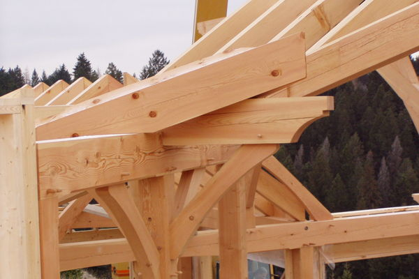 Purcell-Peaks-Invermere-BC-Canadian-Timberframes-Construction-Frame