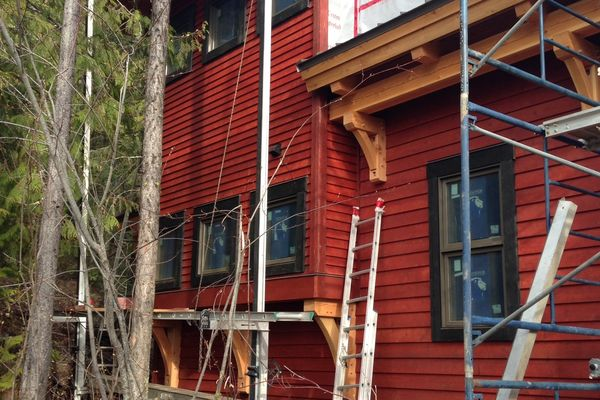 Caribou-Peak-Fernie-BC-Canadian-Timberframes-Construction-Siding