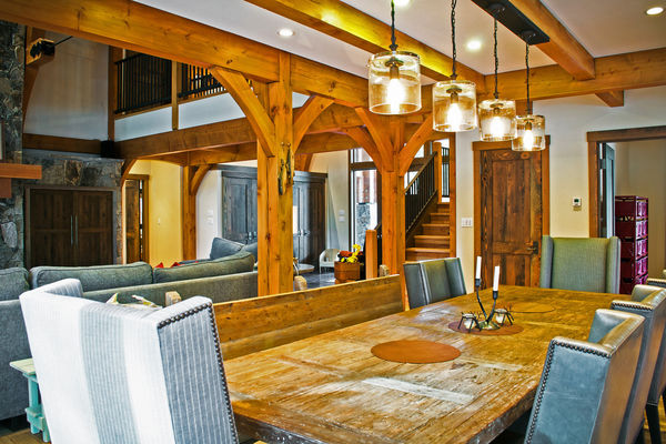 Elk-River-Fernie-British-Columbia-Canadian-Timberframes-Living-Dining