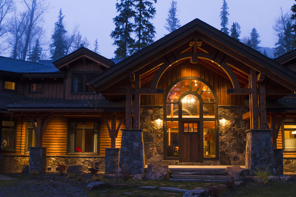Elk-River-Fernie-British-Columbia-Canadian-Timberframes-Timber-Frame-Entry