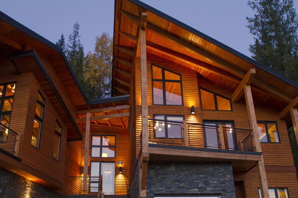 Alpine-Trail-British-Columbia-Canadian-Timberframes-Exterior